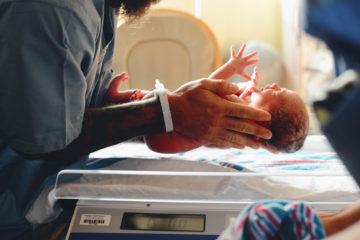 Cosa mettere nella valigia parto per partorire